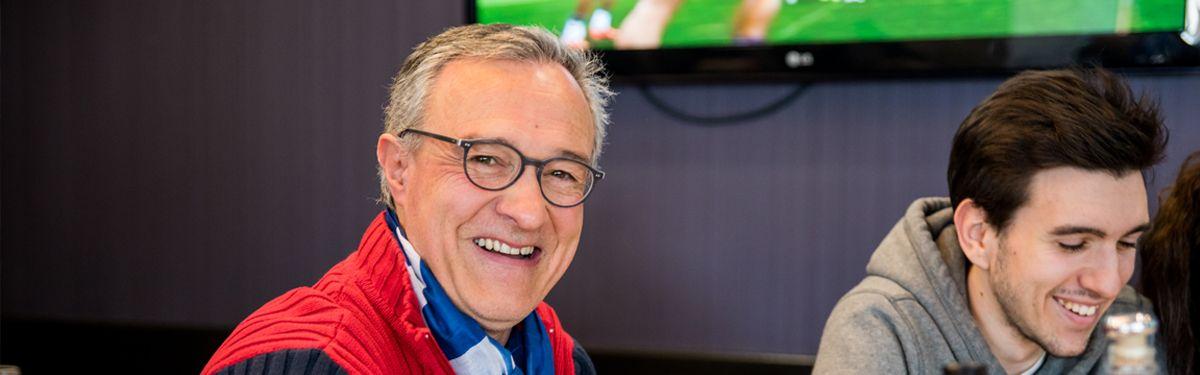La cantine des supporters : Europe 1 v Vainqueur Tournoi de Qualification